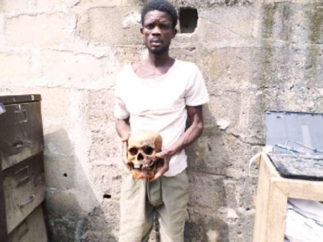 Ritualista nigeriano